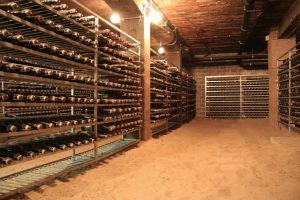 hầm chứa bia hertog jan