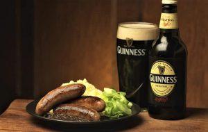 thưởng thức bia guinness